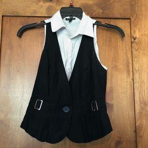 Le Chateau black white vest